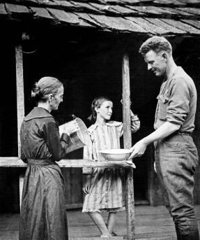 Alvin_York_returns_home_1919