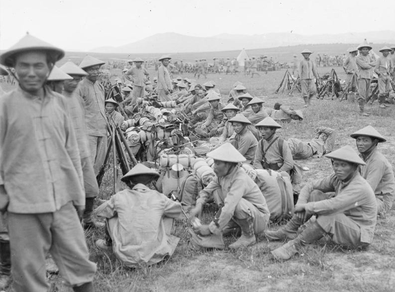 Front_Balkans_French_Indo-Chinese_marine_infantry_rest_in_a_military_camp_near_Salonika_May_1916