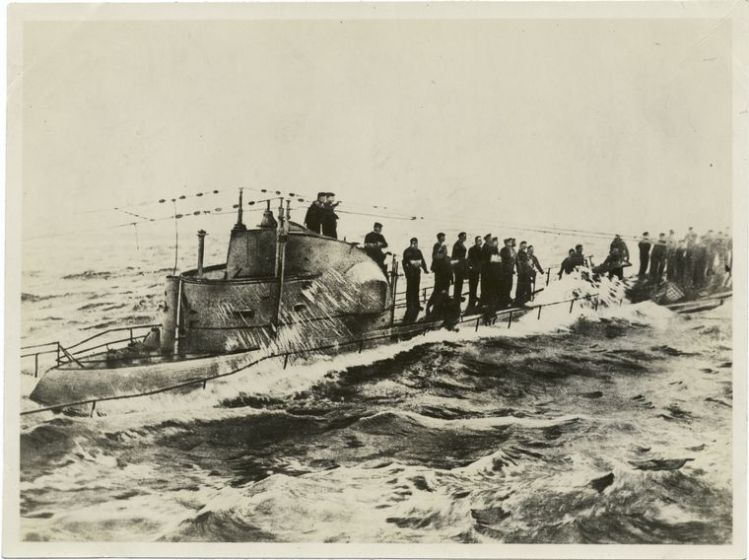 Navy U-58_captured_1917